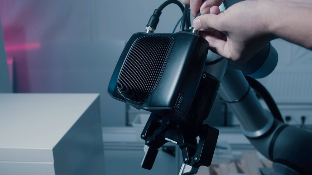 Zivid-Two-on-arm-3D-camera-UR-universal-robots